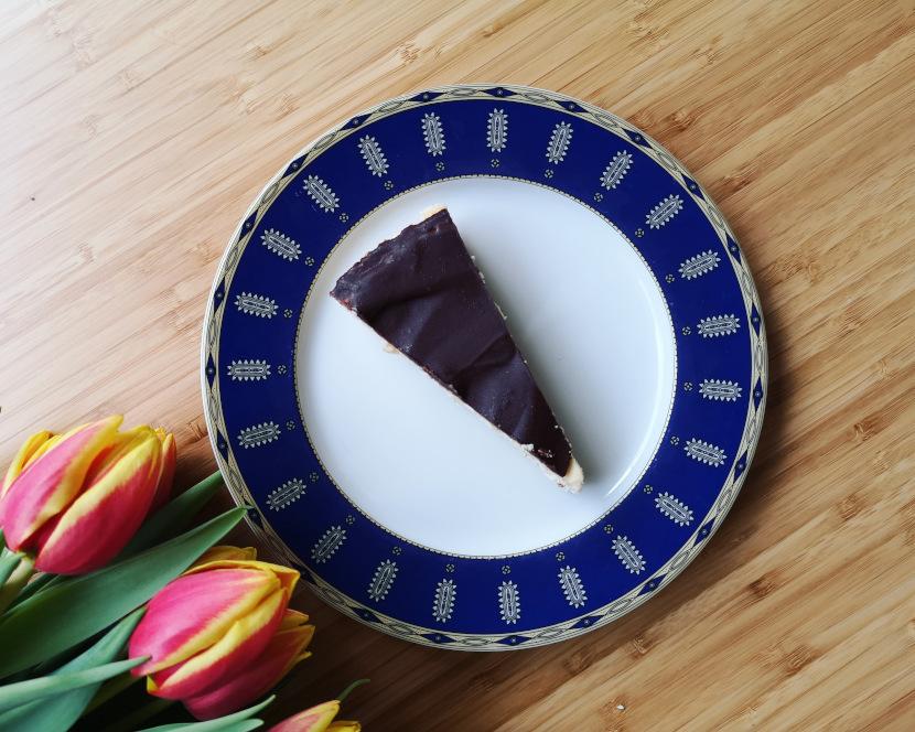Fit sernik z polewą czekoladową
