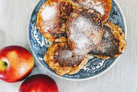 Racuchy z jabłkami i cynamonem, www.dietazglowa.pl, Magdalena Słota